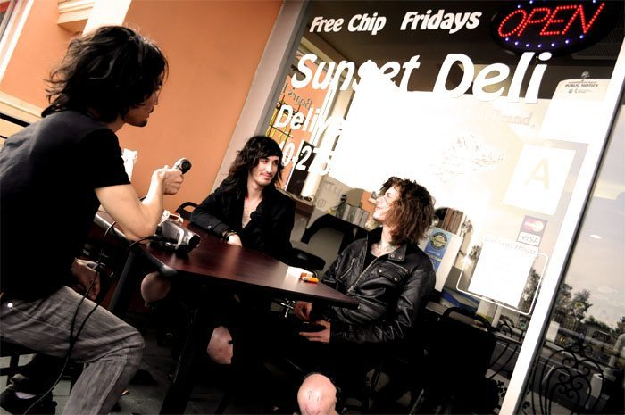 Asking alexandria interview reckless relentless soberless in over a late afternoon lunch on hollywoods sunset strip asking alexandria guitarist ben bruce expresses his admiration for actor charlie sheen m4hsunfo