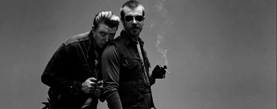 Footage of EAGLES OF DEATH METAL Joining U2 Onstage in Paris