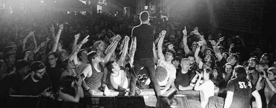 touche amore live stage four